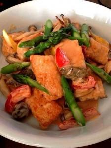 鮭と野菜のオーロラソース和え